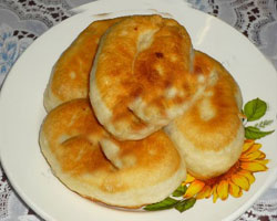жареные-пирожки-с-картофелем-и-мясом