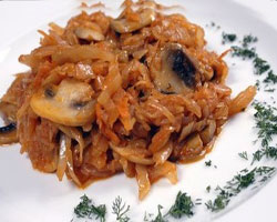 капуста-тушенная-с-грибами