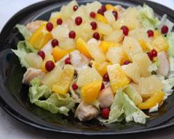 куриный-салат-с-ананасами