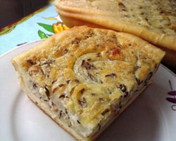 луковый-пирог