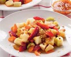 салат-из-малины-с-персиками