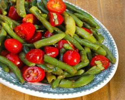 салат-из-стручковой-фасоли-и-помидоров